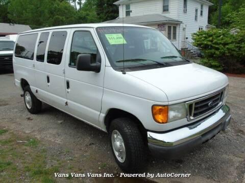 2007 Ford E-Series Wagon for sale at Vans Vans Vans INC in Blauvelt NY
