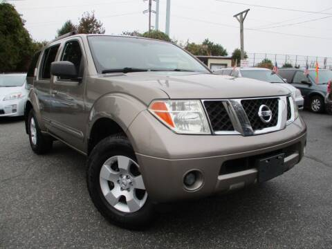 2007 Nissan Pathfinder for sale at Unlimited Auto Sales Inc. in Mount Sinai NY