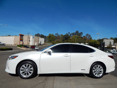 2013 Lexus ES 300h for sale at Direct Auto Outlet LLC in Fair Oaks CA