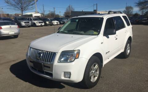 2008 Mercury Mariner Hybrid for sale at Mr. Auto in Hamilton OH