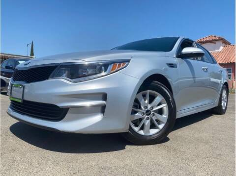 2018 Kia Optima for sale at MADERA CAR CONNECTION in Madera CA