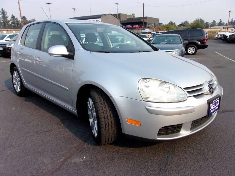 2009 Volkswagen Rabbit for sale at Delta Auto Sales in Milwaukie OR