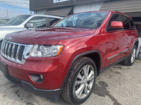 2013 Jeep Grand Cherokee for sale at Safeway Auto Sales in Horn Lake MS
