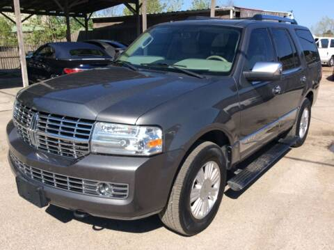 2010 Lincoln Navigator for sale at OASIS PARK & SELL in Spring TX