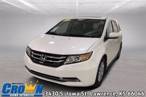 2015 Honda Odyssey for sale at Crown Automotive of Lawrence Kansas in Lawrence KS