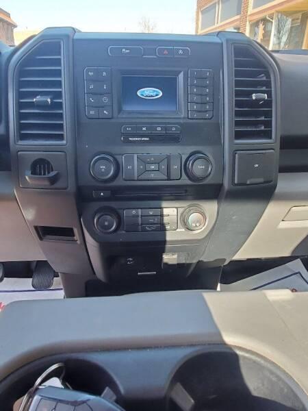 2018 Ford F-150 4x2 XL 2dr Regular Cab 8 ft. LB - Chariton IA
