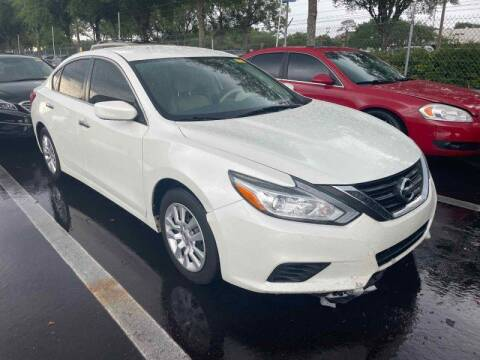 2016 Nissan Altima for sale at Gulf South Automotive in Pensacola FL