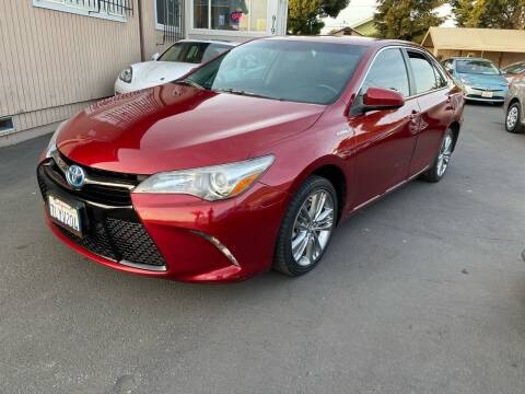 2015 Toyota Camry Hybrid for sale at Ronnie Motors LLC in San Jose CA