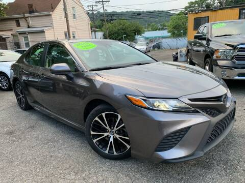 2020 Toyota Camry for sale at Auto Universe Inc. in Paterson NJ
