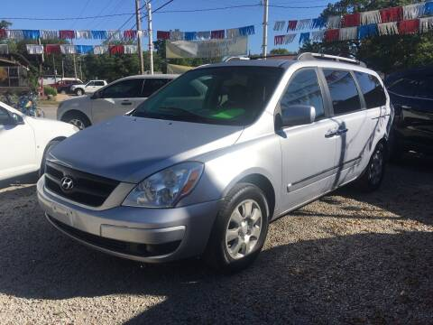 2007 Hyundai Entourage for sale at Antique Motors in Plymouth IN