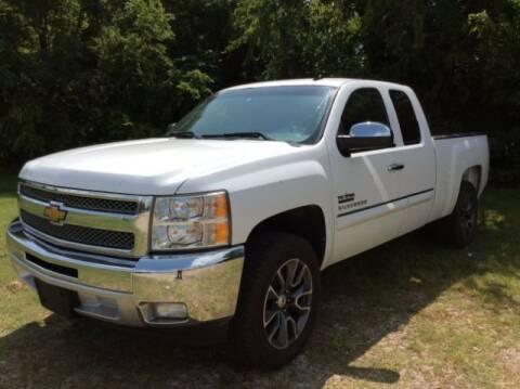 2013 Chevrolet Silverado 1500 for sale at Allen Motor Co in Dallas TX