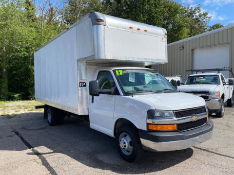 2017 Chevrolet Express Cutaway for sale at Auto Towne in Abington MA