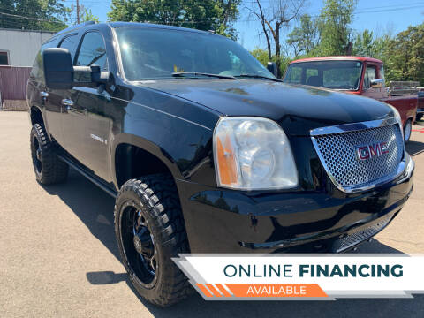 2008 GMC Yukon for sale at City Center Cars and Trucks in Roseburg OR