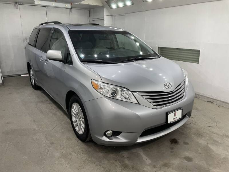 2015 Toyota Sienna for sale in Akron, OH