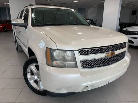 2008 Chevrolet Avalanche for sale at Auto Mall of Springfield in Springfield IL