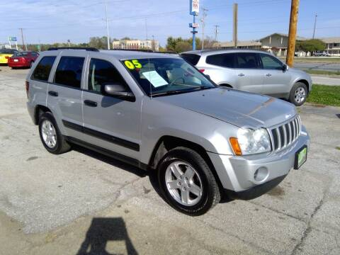 2005 Jeep Grand Cherokee for sale at Regency Motors Inc in Davenport IA