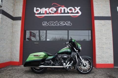 2011 Harley-Davidson Screaming Eagle Street Glide for sale at BIKEMAX, LLC in Palos Hills IL