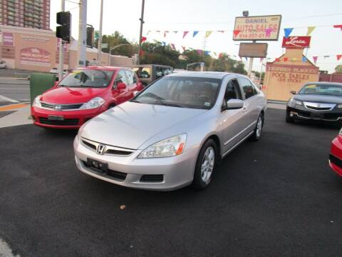 2007 Honda Accord for sale at Daniel Auto Sales in Yonkers NY