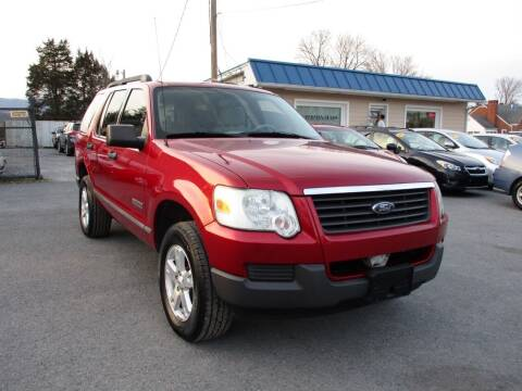 2006 Ford Explorer for sale at Supermax Autos in Strasburg VA