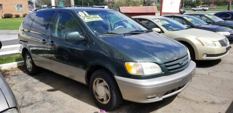 2001 Toyota Sienna for sale at ABC Auto Sales and Service in New Castle DE