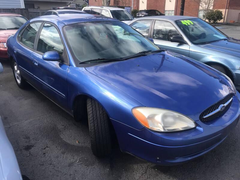 2002 Ford Taurus for sale at American Dream Motors in Everett WA