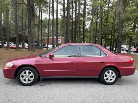 2000 Honda Accord for sale at H&C Auto in Oilville VA