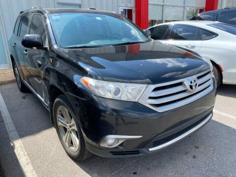 2013 Toyota Highlander for sale at Auto Solutions in Warr Acres OK