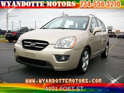 2007 Kia Rondo for sale at Wyandotte Motors in Wyandotte MI