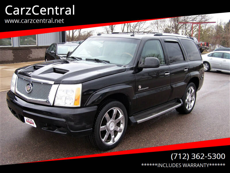 2004 Cadillac Escalade for sale at CarzCentral in Estherville IA