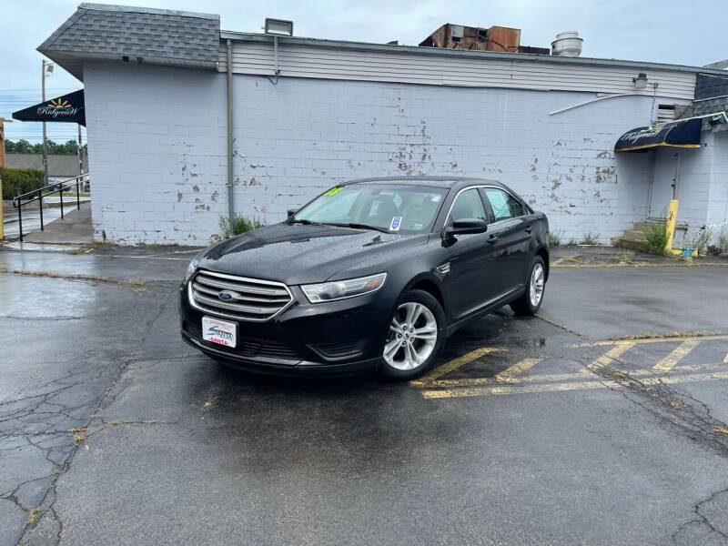 2018 Ford Taurus for sale at Santa Motors Inc in Rochester NY