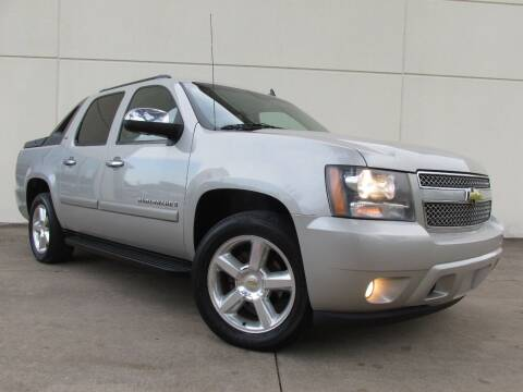 2008 Chevrolet Avalanche for sale at QUALITY MOTORCARS in Richmond TX