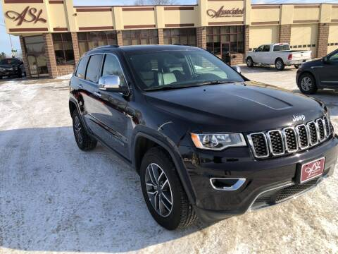 2020 Jeep Grand Cherokee for sale at ASSOCIATED SALES & LEASING in Marshfield WI