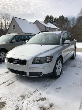 2005 Volvo V50 for sale at Hornes Auto Sales LLC in Epping NH