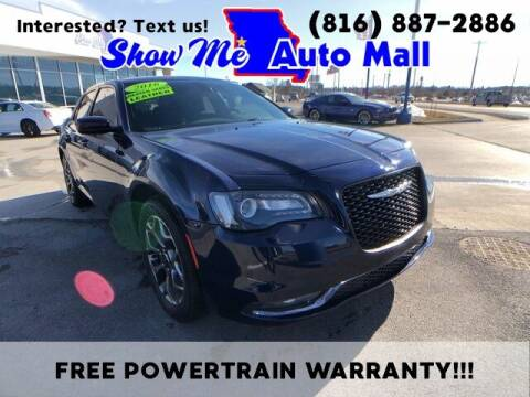 2016 Chrysler 300 for sale at Show Me Auto Mall in Harrisonville MO
