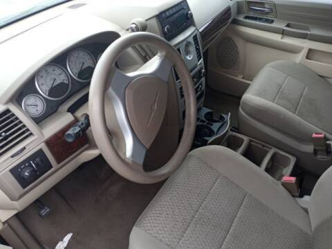 2006 Chrysler Town and Country for sale at Jerry Allen Motor Co in Beaumont TX