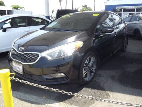 2015 Kia Forte for sale at PACIFICO AUTO SALES in Santa Ana CA