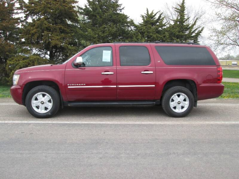 2011 Chevrolet Suburban for sale at Joe's Motor Company in Hazard NE