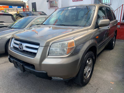 2008 Honda Pilot for sale at Gallery Auto Sales in Bronx NY