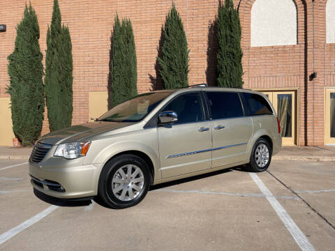 2012 Chrysler Town and Country for sale at Freedom  Automotive in Sierra Vista AZ