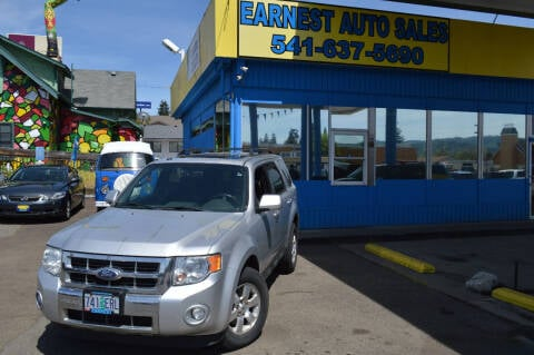 2010 Ford Escape for sale at Earnest Auto Sales in Roseburg OR