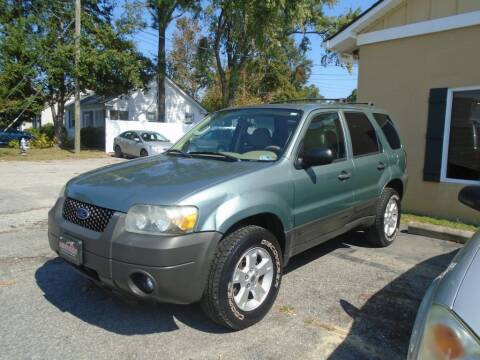 2005 Ford Escape for sale at Ridetime Auto in Suffolk VA
