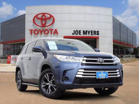 2019 Toyota Highlander for sale at Joe Myers Toyota PreOwned in Houston TX