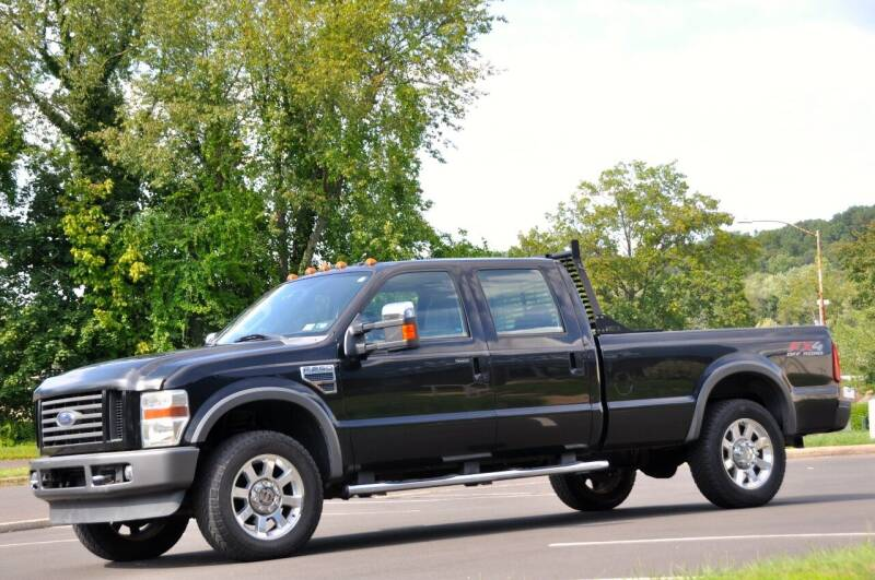 2008 Ford F-250 Super Duty for sale at T CAR CARE INC in Philadelphia PA