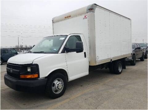 2014 Chevrolet Express Cutaway for sale at CENTURY TRUCKS & VANS in Grand Prairie TX
