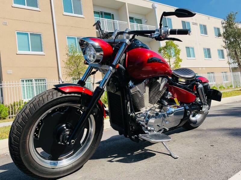 2006 Honda VTX for sale at LA Motors Miami in Miami FL