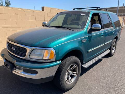 1997 Ford Expedition for sale at Blue Line Auto Group in Portland OR
