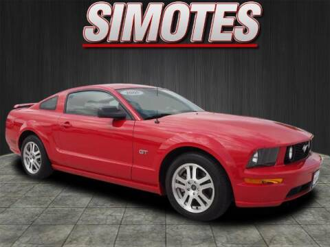 2005 Ford Mustang for sale at SIMOTES MOTORS in Minooka IL