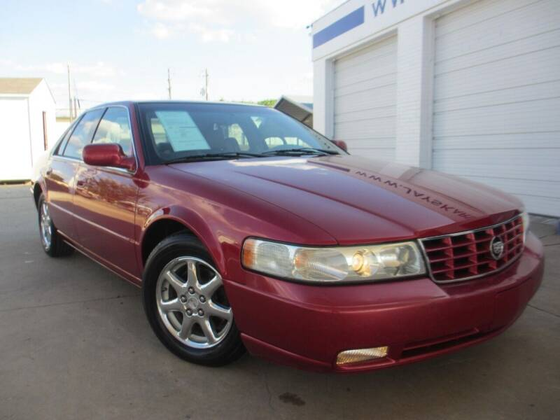 2002 Cadillac Seville for sale at Jays Kars in Bryan TX