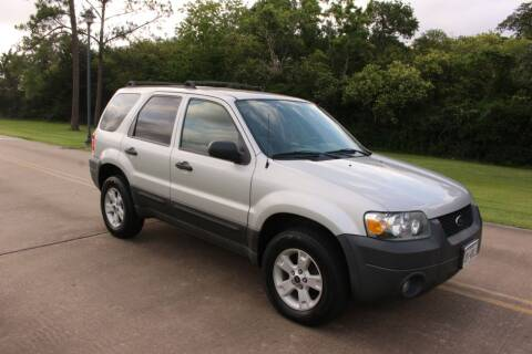 2005 Ford Escape for sale at Clear Lake Auto World in League City TX