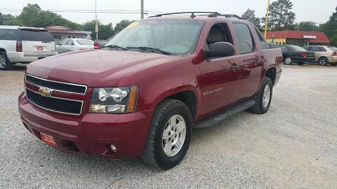 2007 Chevrolet Avalanche for sale at Space & Rocket Auto Sales in Hazel Green AL